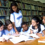Bibliotecas escolares: aproximando os alunos